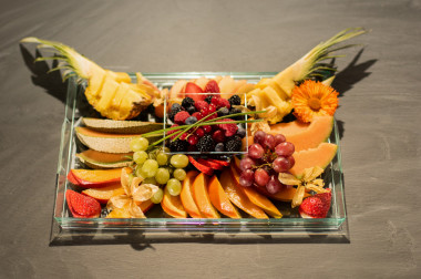VIP tray fruit plate total on slate